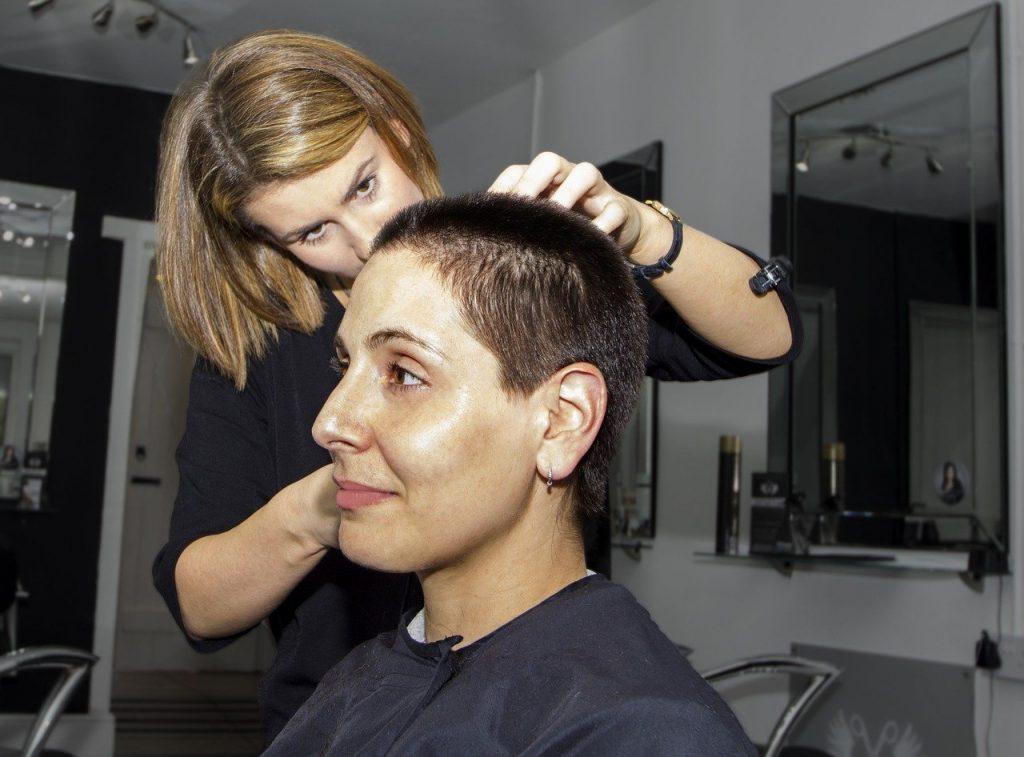 La greffe de cheveux : mode d'emploi